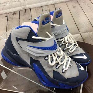 GUC 5Y NIKE LEBRON JAMES basketball shoes blue Gry